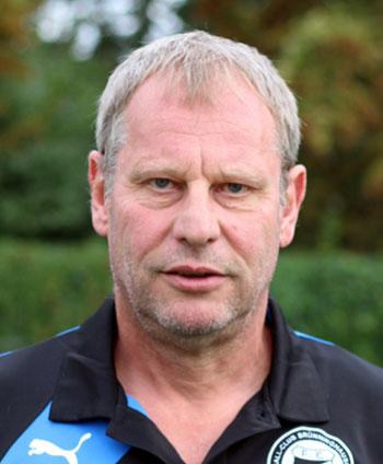 Portrait Klaus Dieter Friers, sportlicher Leiter Herrenmannschaft des FC Brünninghausen